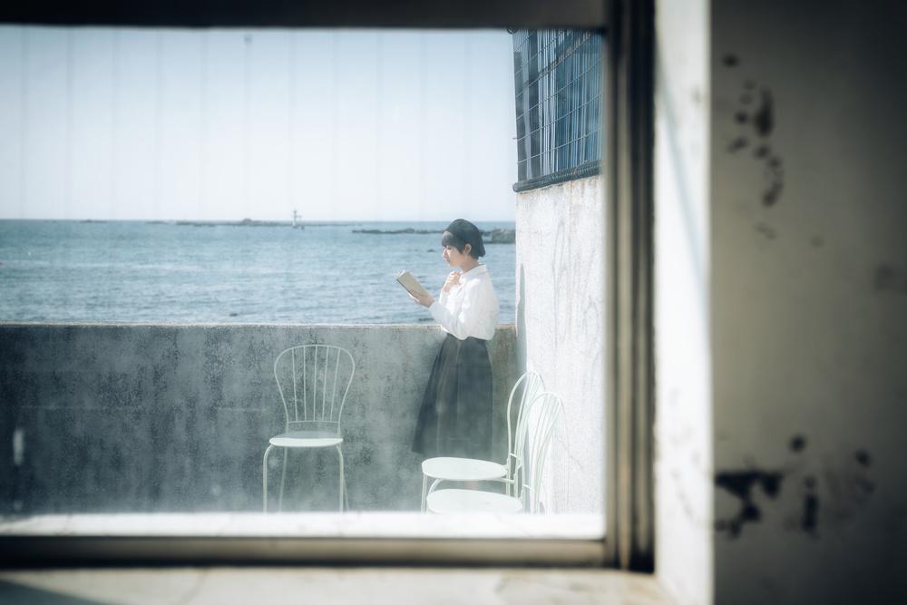 A piece of fine art art photography titled Seaside by Nobu Ishijima