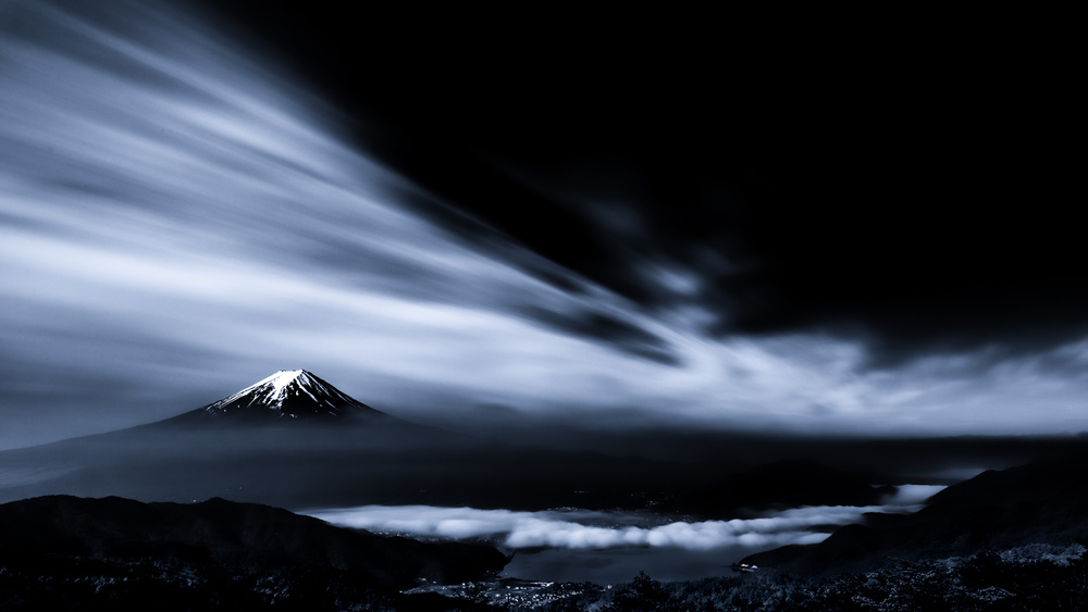 A piece of fine art art photography titled Cloud Vs Sky by Takashi