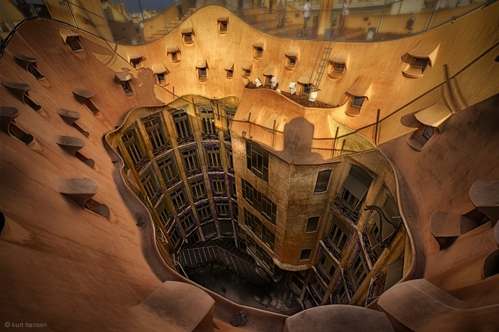 Curves of Gaudi