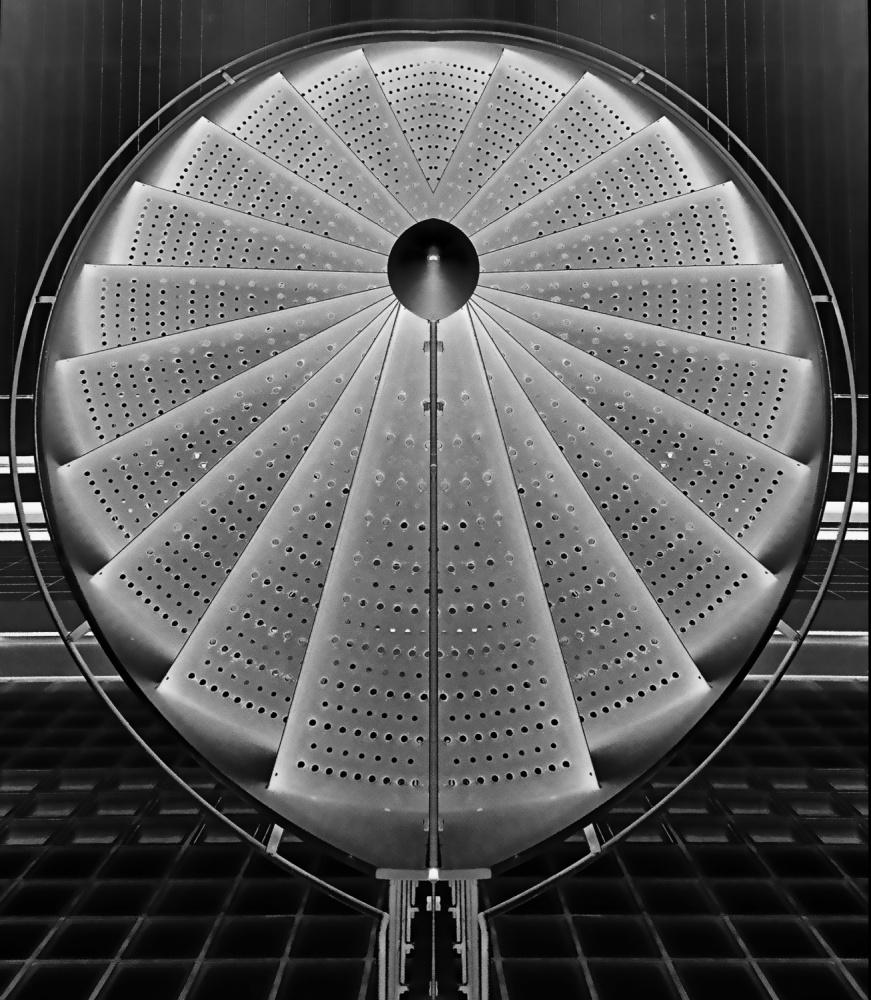 A piece of fine art art photography titled Stepscircle by Henk van Maastricht