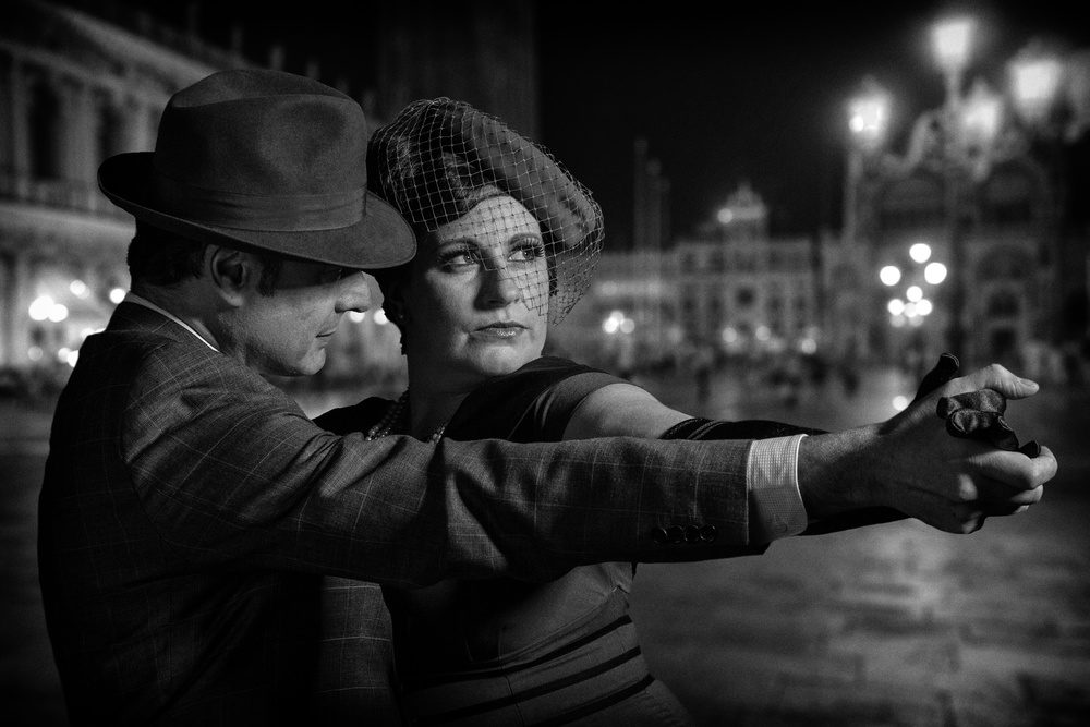 A piece of fine art art photography titled Last Tango by Tom Baetsen - xlix.nl