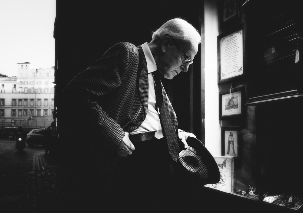 A piece of fine art art photography titled The Gentleman by Massimiliano Mancini