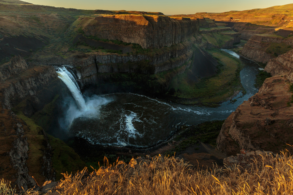 A piece of fine art art photography titled Palouse Rise and Fall by Francois Roughol