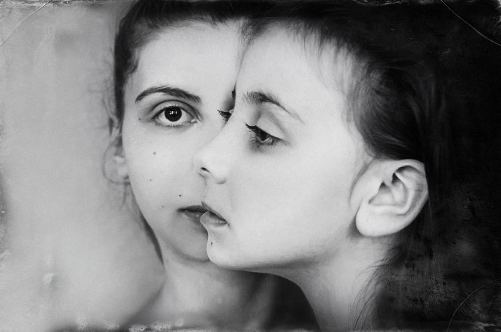A piece of fine art art photography titled Untitled by Desislava Ignatova