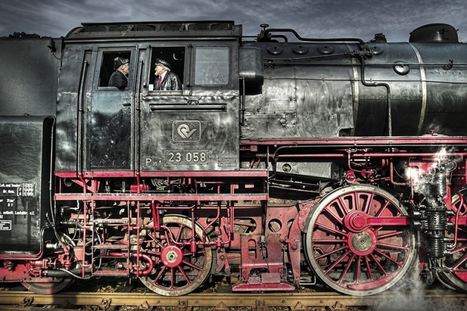 A piece of fine art art photography titled Man and Machine by Ralf Greiner