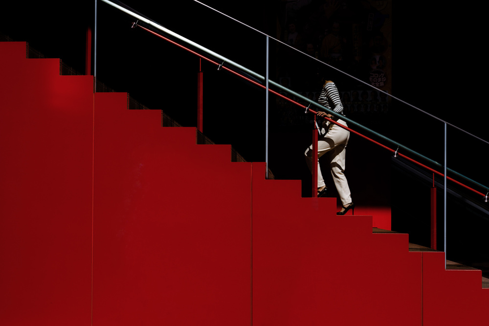 The crimson staircase