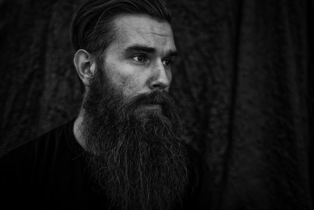A piece of fine art art photography titled Beard by Peter Schlyter