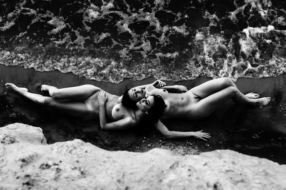 A piece of fine art art photography titled Mermaids II by Thanakorn Chai Telan