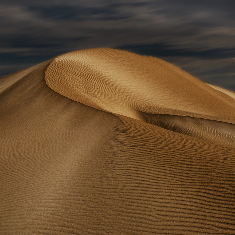 A piece of fine art art photography titled The Curve II by Steve Marshall