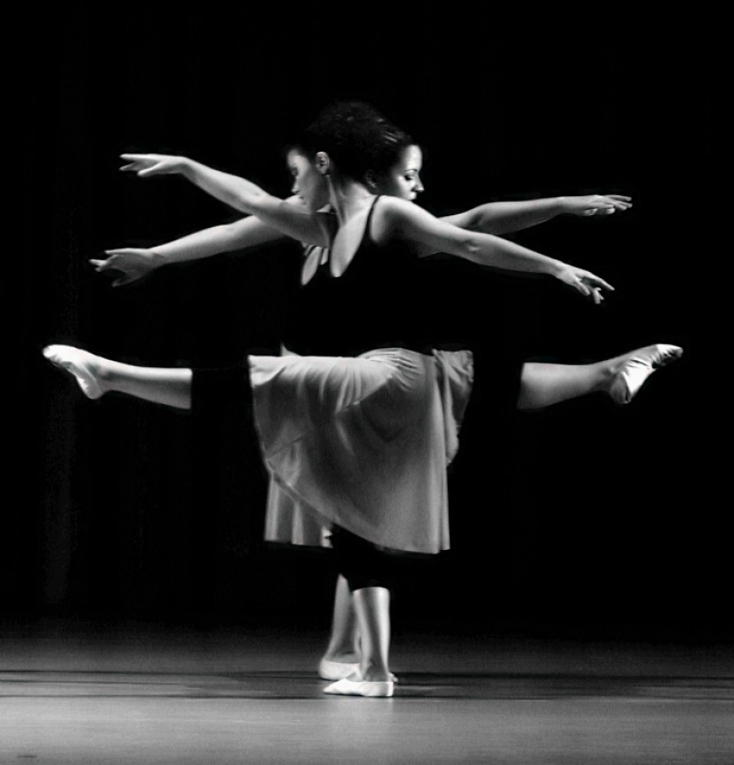 A piece of fine art art photography titled TX - Dance Figure 'I' by Javier González Roces