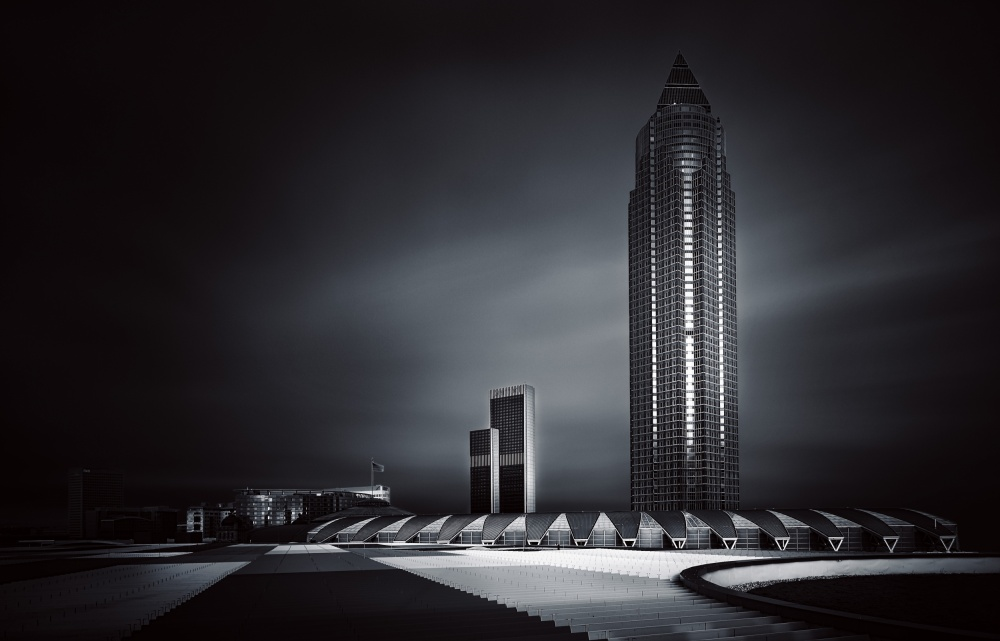 A piece of fine art art photography titled Dark #02# by Andreas Paehge
