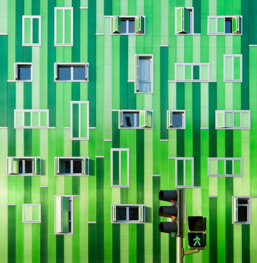 A piece of fine art art photography titled Green Light by Jesús de Álvaro