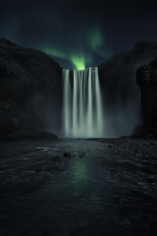 A piece of fine art art photography titled Green Night by Jorge Ruiz Dueso