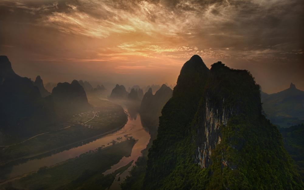 Dawn at Li River
