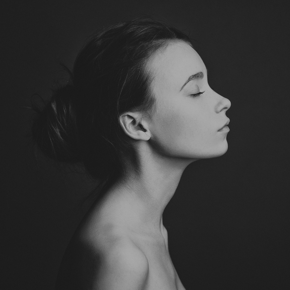 A piece of fine art art photography titled Elizabeth by Alex Malikov