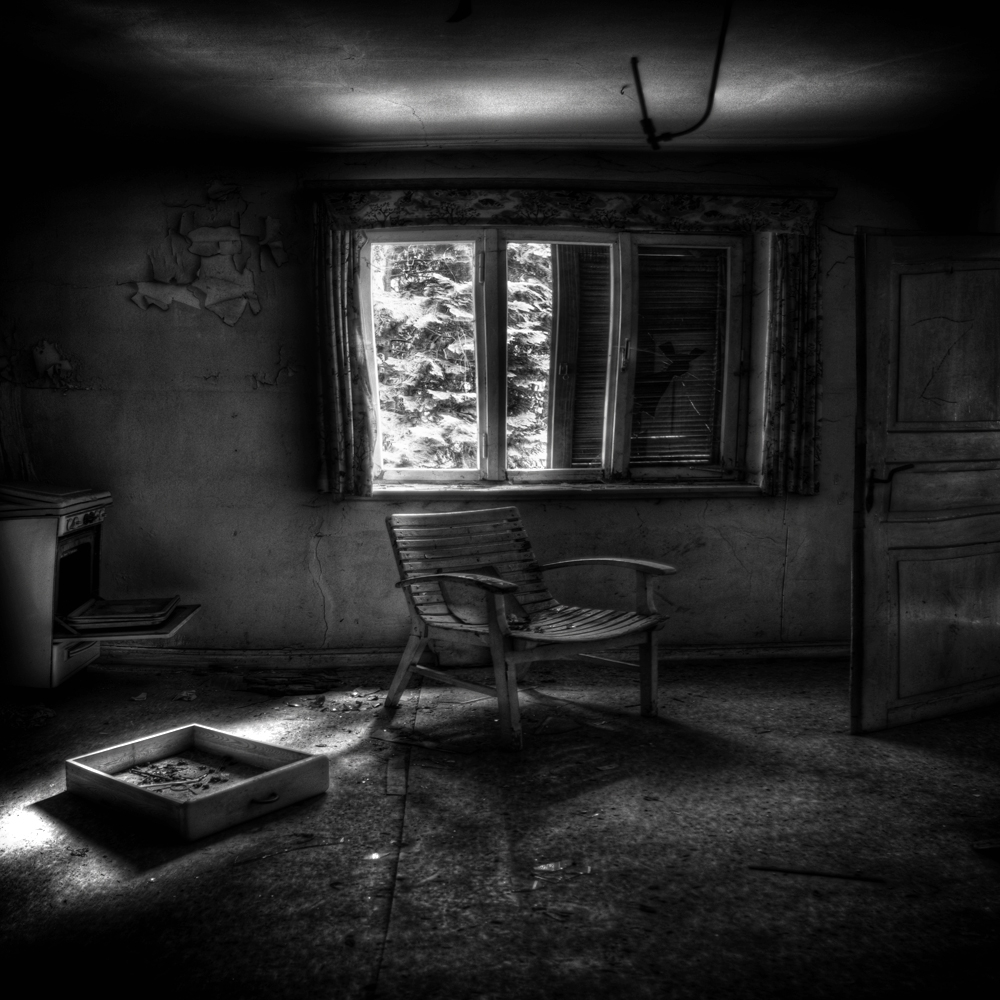 A piece of fine art art photography titled Untitled by Kaveh Hosseini (Steppenwolf)