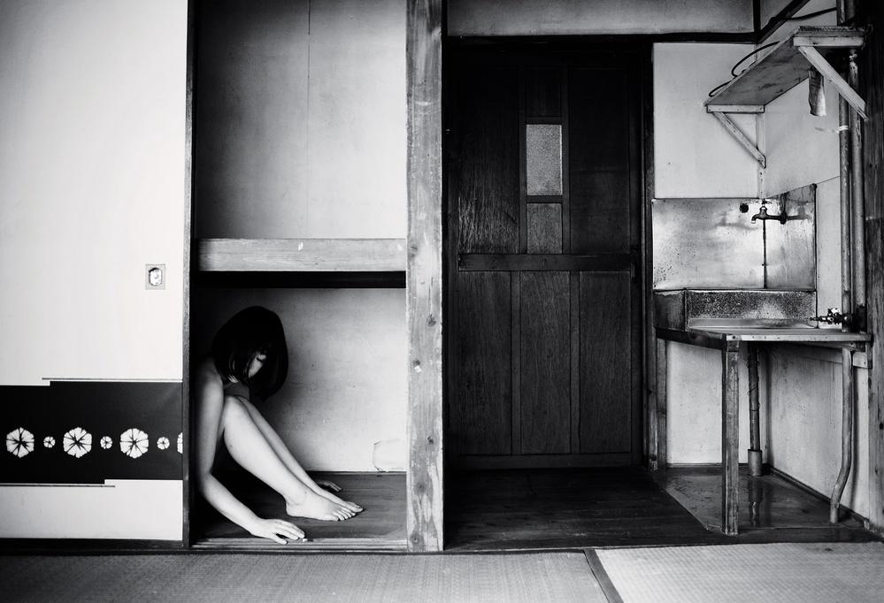 A piece of fine art art photography titled Warashi by 雨慶[u-kei]