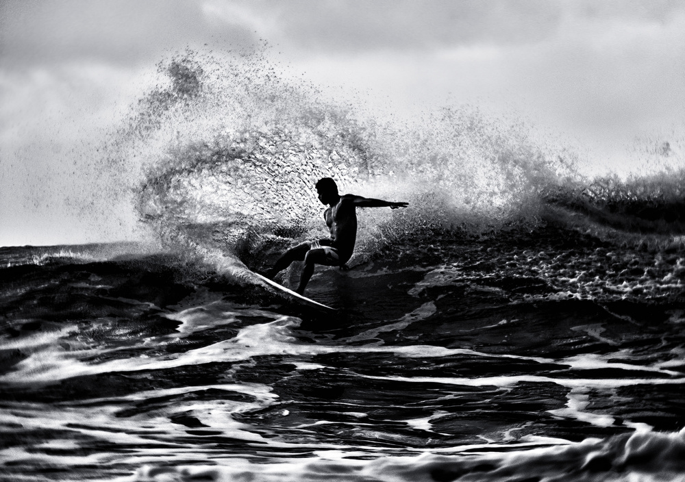 A piece of fine art art photography titled Surf at Hawaii by Yu Cheng