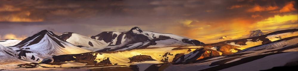 A piece of fine art art photography titled Alftavatn by Pagniez
