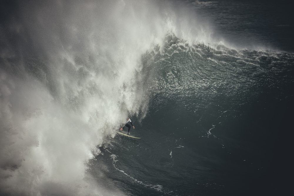 View this piece of fine art photography titled Perfect Swell by Osmel