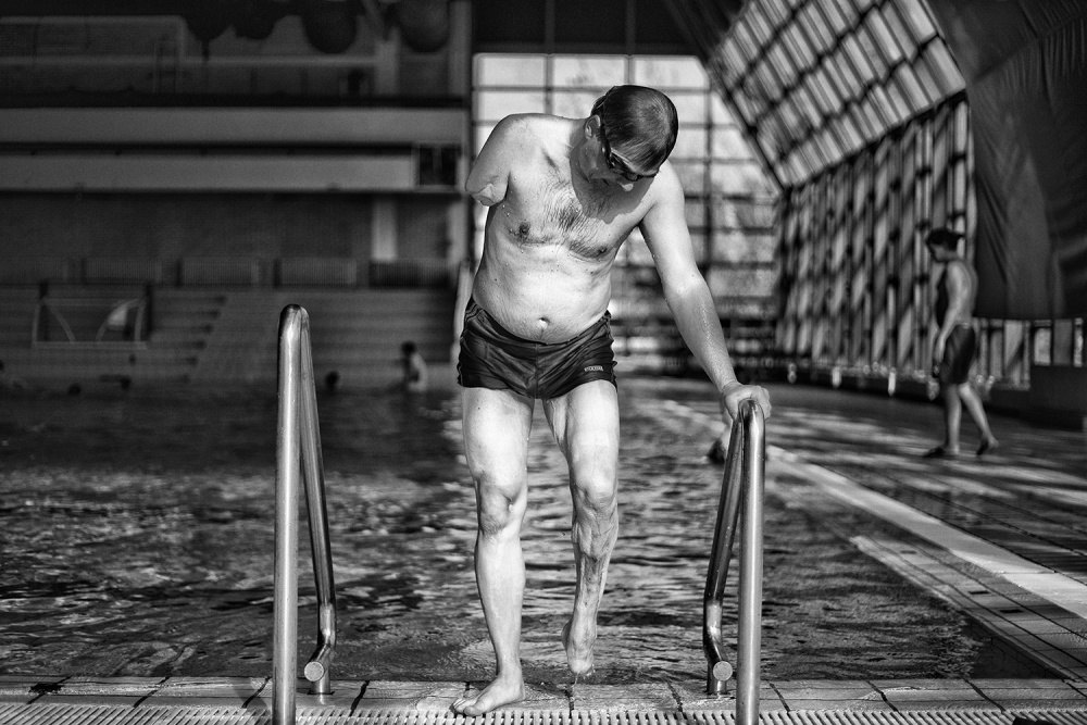 A piece of fine art art photography titled Swimming by Dejan Miloradov