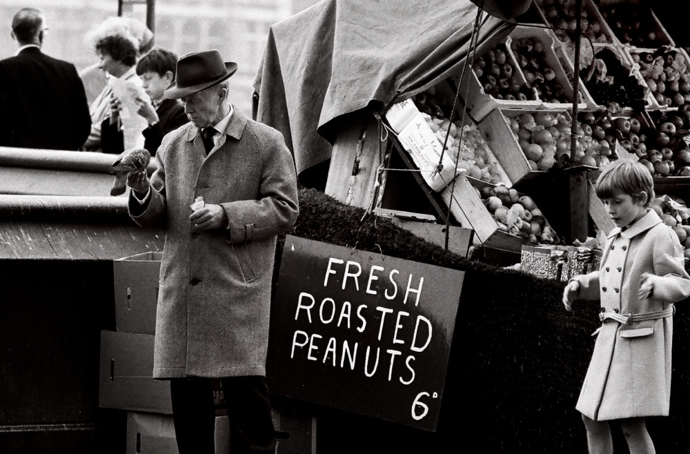 London 's peanuts  (Film)