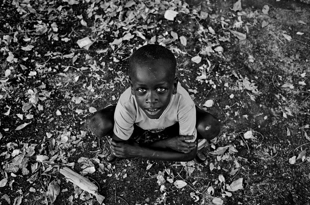 A piece of fine art art photography titled Guiné by Luís Godinho