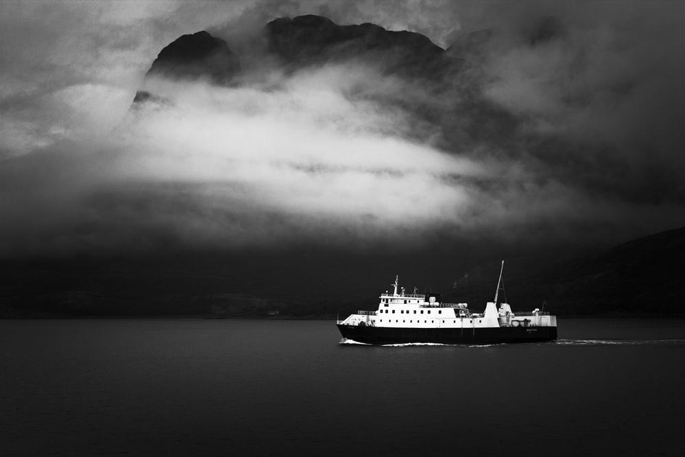 A piece of fine art art photography titled Skutvik by Julien Oncete