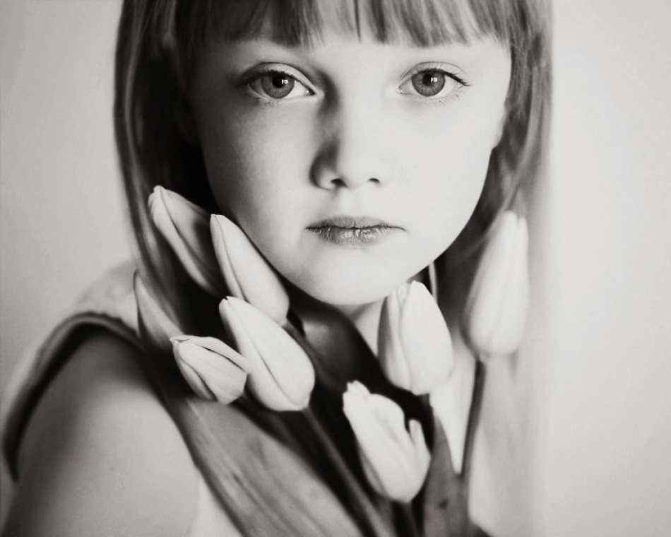 A piece of fine art art photography titled Untitled by Magda Berny