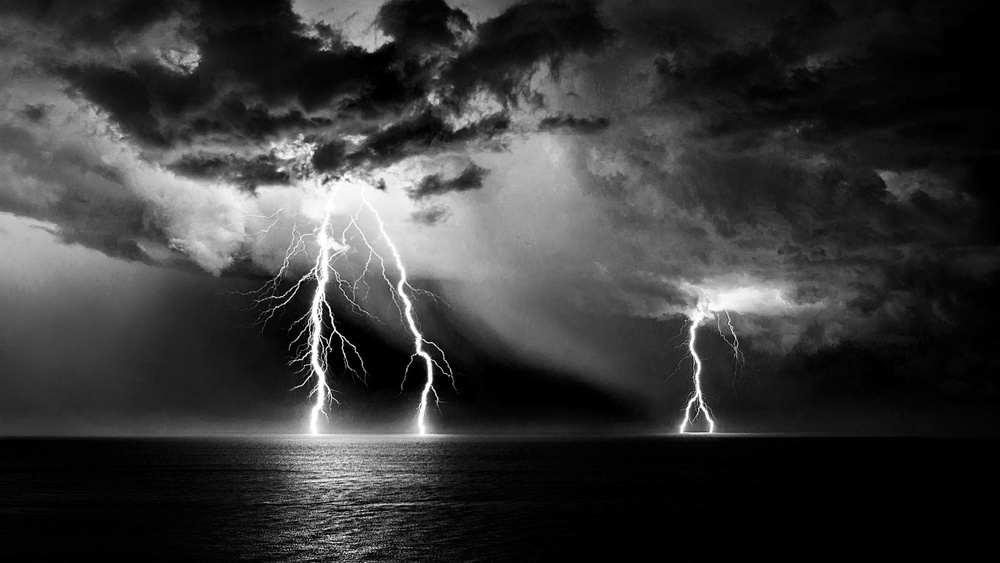 A piece of fine art art photography titled Lightning In the Dark by Alessandro Traverso