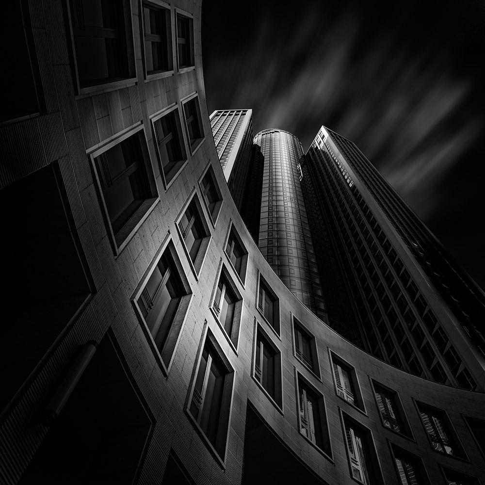 A piece of fine art art photography titled Frankfurt - Tower 185 by Markus Pfeffer