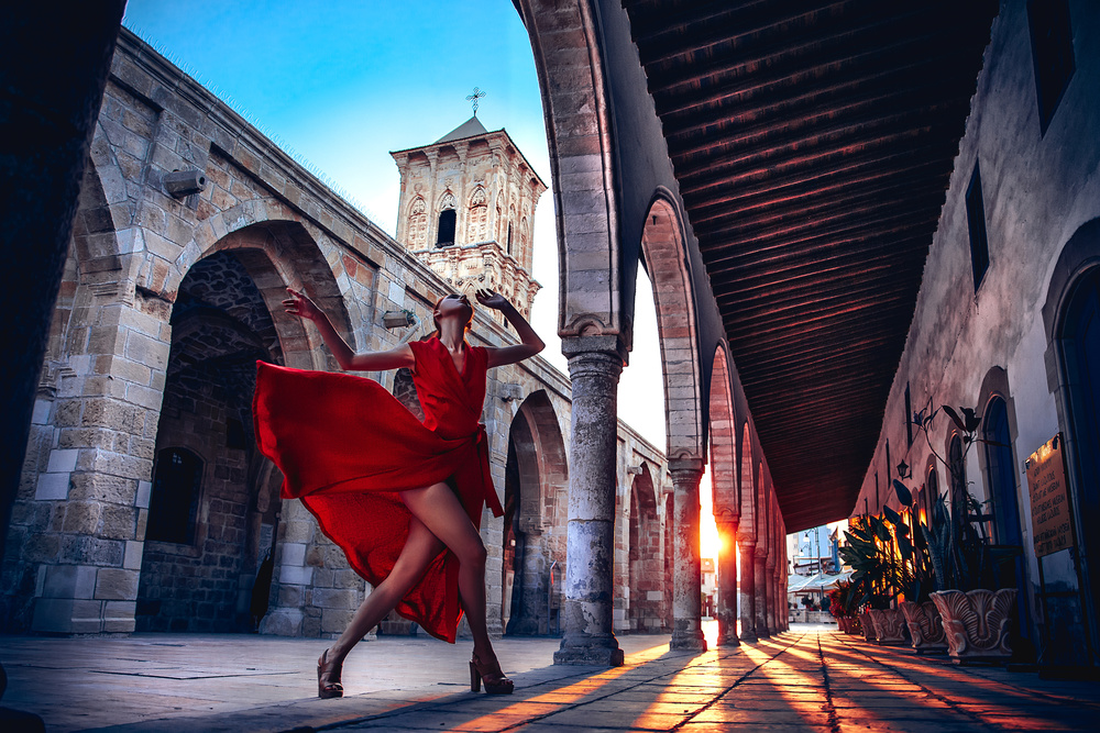 A piece of fine art art photography titled Dancing With the Sun by Ruslan Bolgov (Axe)