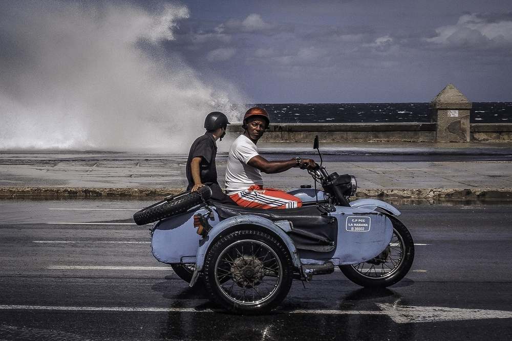 A piece of fine art art photography titled Malecon by Andreas Bauer