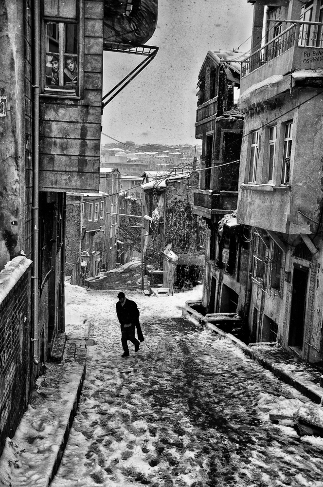 A piece of fine art art photography titled Snow In Istanbul by kadir tezel