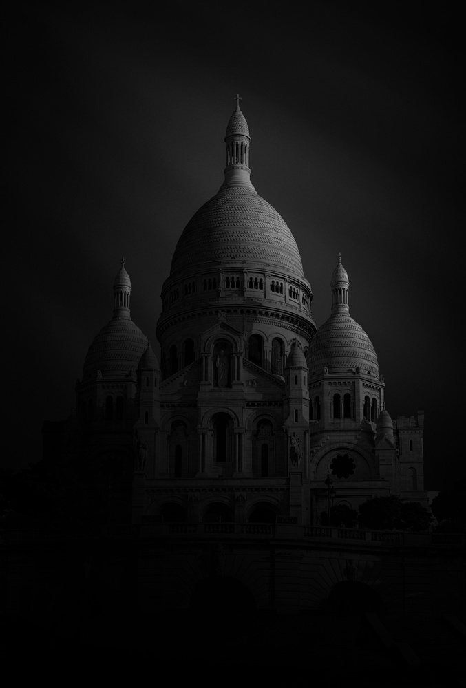 A piece of fine art art photography titled Basilique Du Sacre Coeur by Sebastien DEL GROSSO