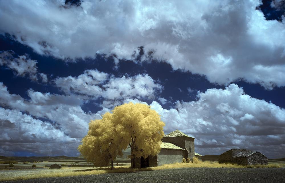 A piece of fine art art photography titled Buberos (Soria, Spain) by Martin Zalba