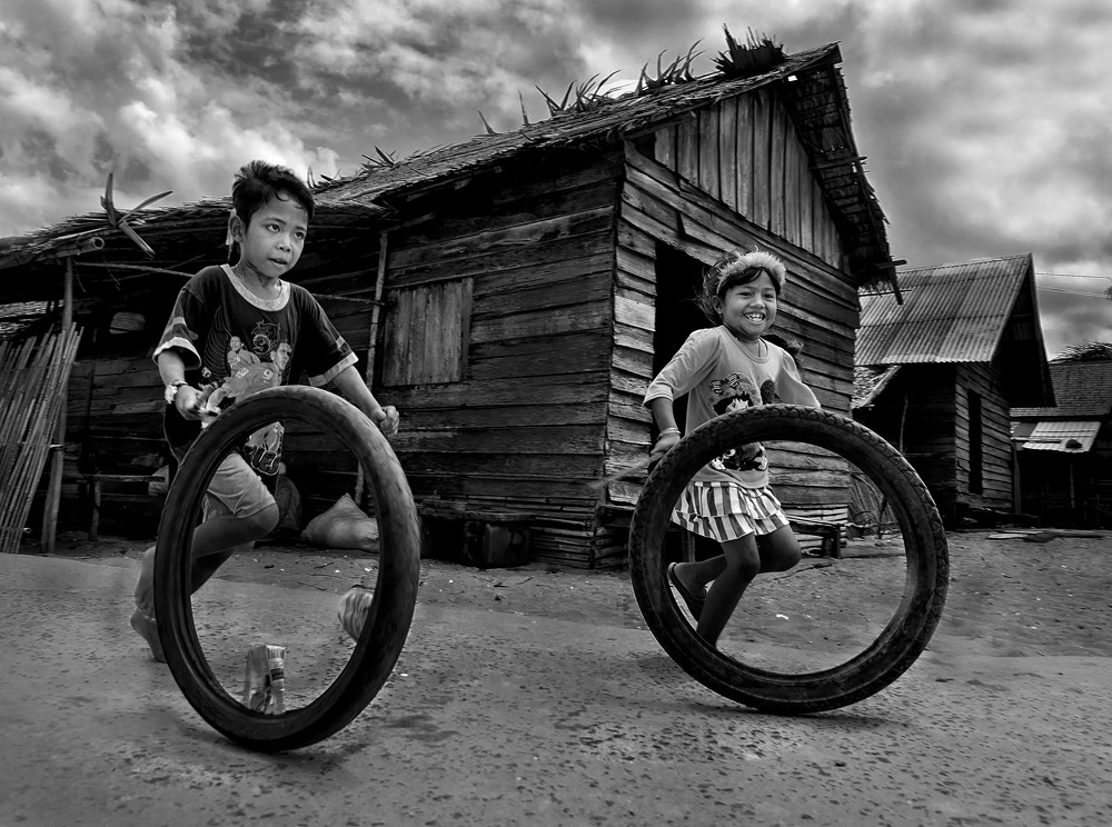 playing old tires