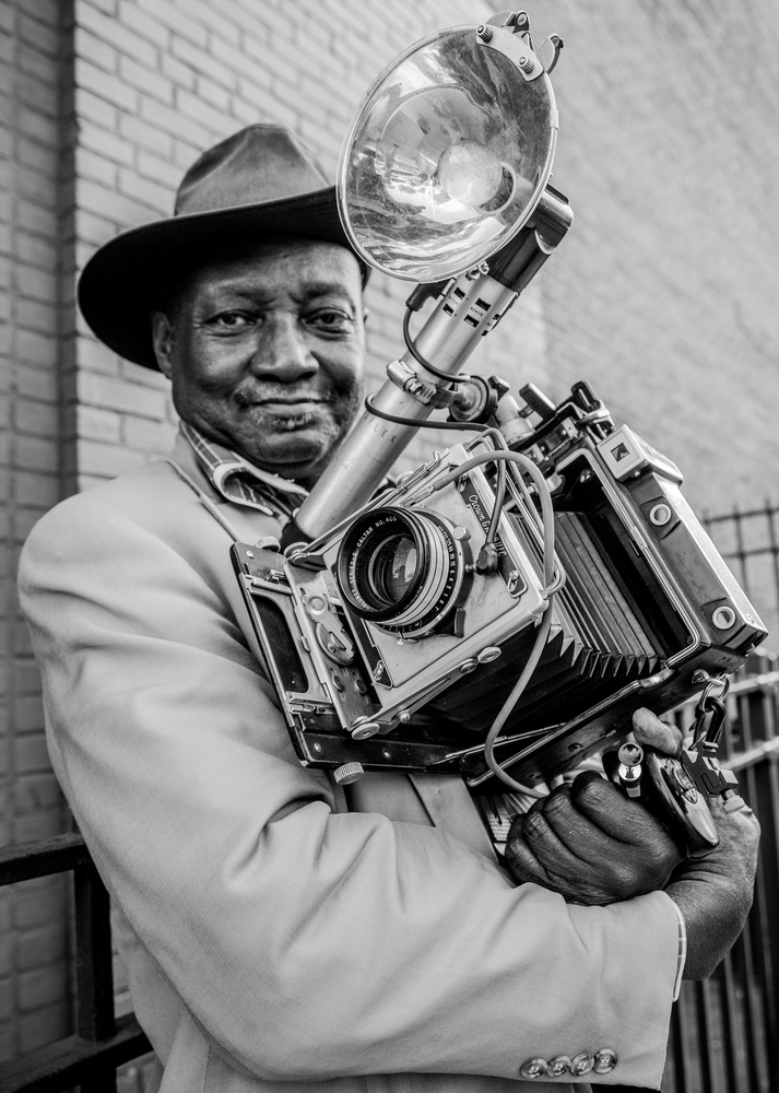 Mr.Louis Mendes/NYC-USA Street Photography Icon