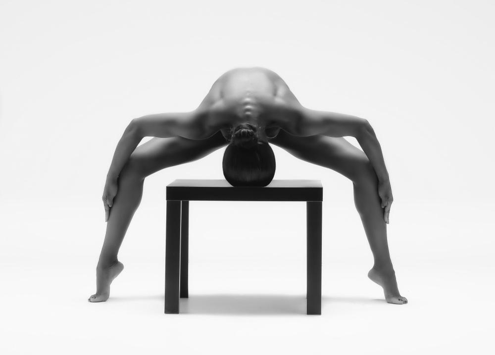A piece of fine art art photography titled The Spyder by Ross Oscar