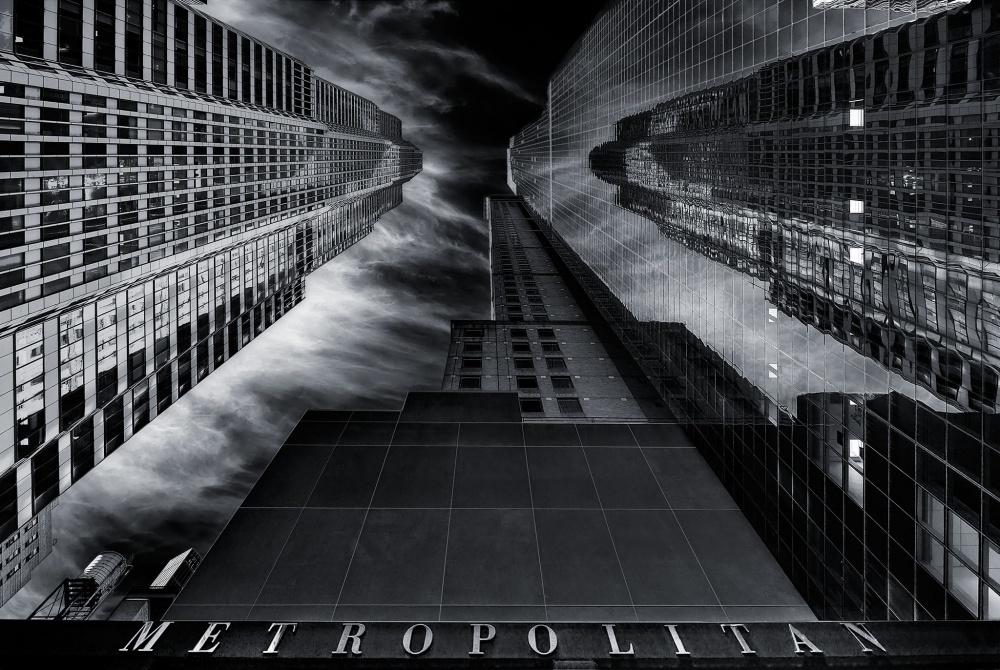 A piece of fine art art photography titled M E T R O P O L I T a N by Javier de la Torre