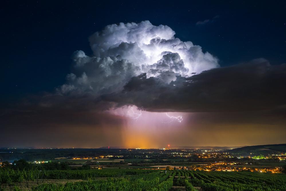 A piece of fine art art photography titled Midnight Special by Burger Jochen