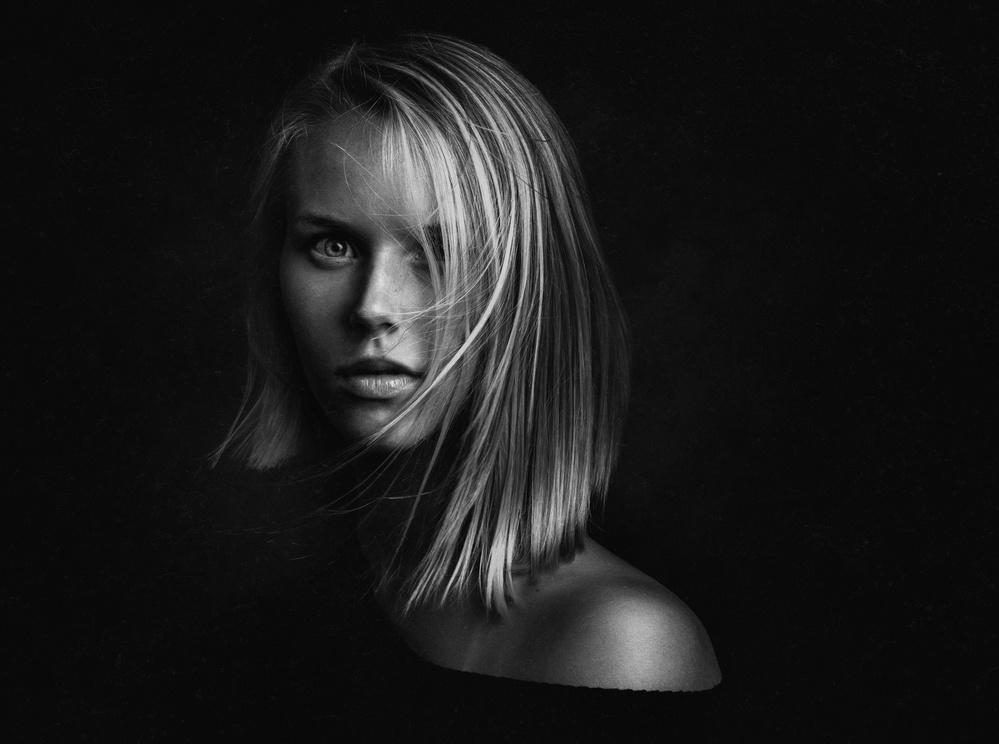 A piece of fine art art photography titled Anna by Zachar Rise