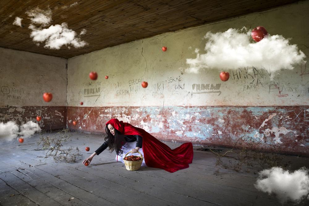 A piece of fine art art photography titled Untitled by Leyla Emektar La_