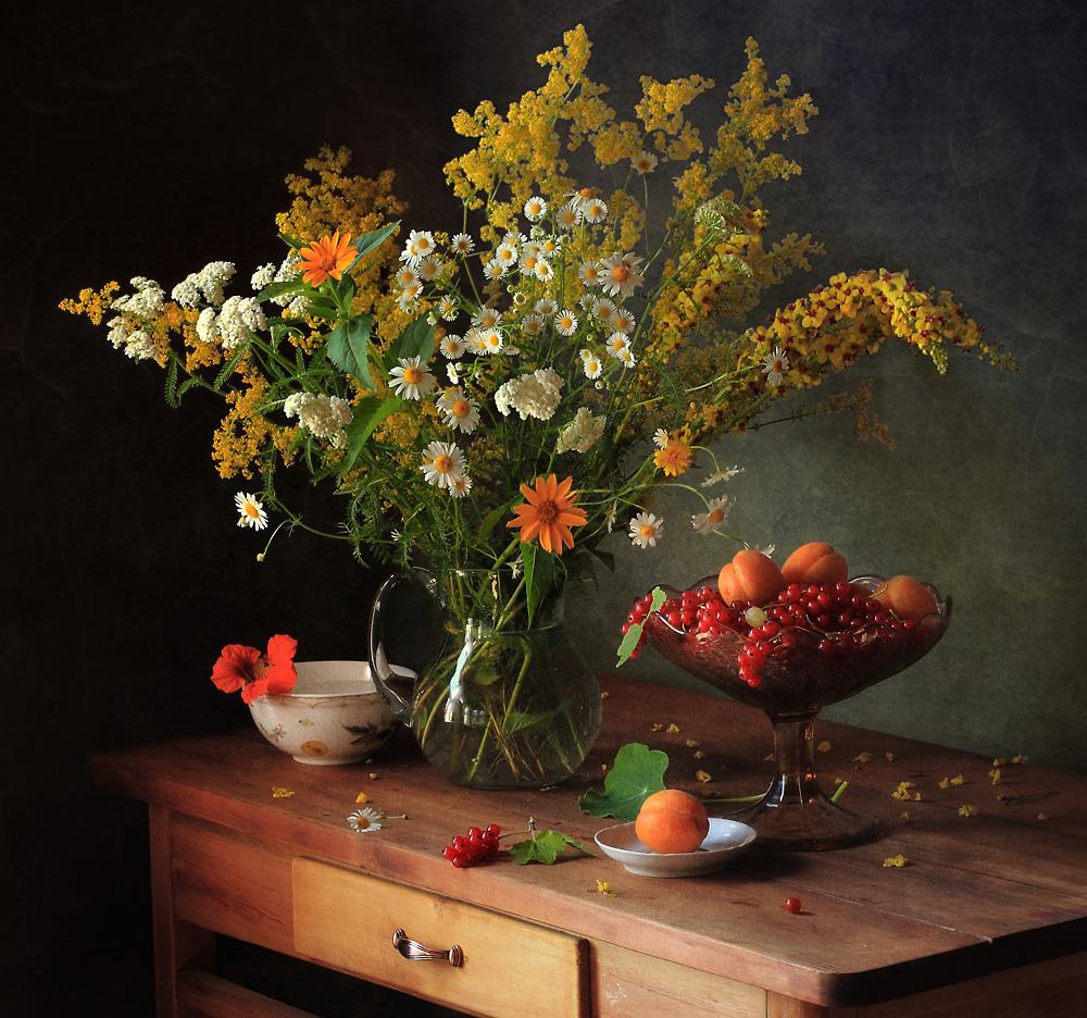 A piece of fine art art photography titled Untitled by Tatyana Skorokhod (Татьяна Скороход)
