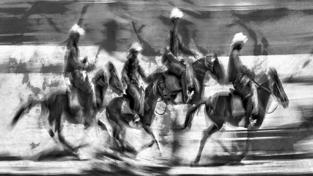 A piece of fine art art photography titled Apokalypse by The Jar - Geir Jartveit