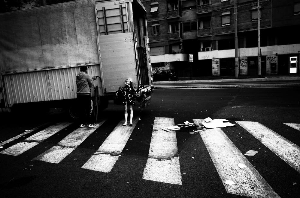 A piece of fine art art photography titled Porta Portese by Alessio Centamori