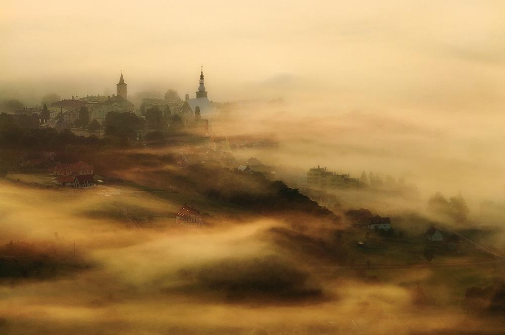 A piece of fine art art photography titled Between the Mist by Robert Radomski