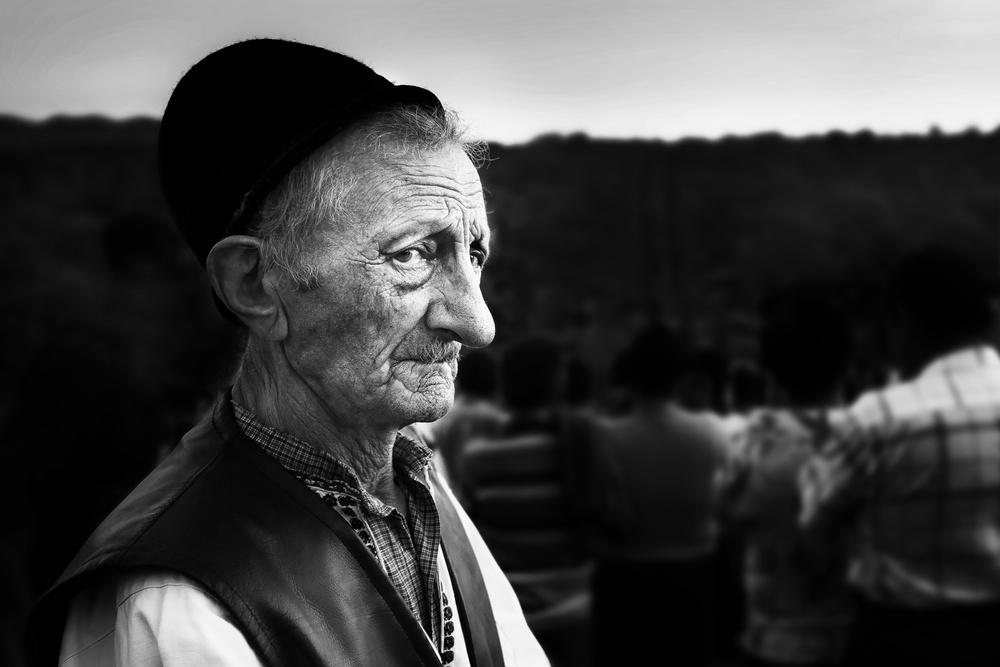 A piece of fine art art photography titled Glance by Marius Cinteză