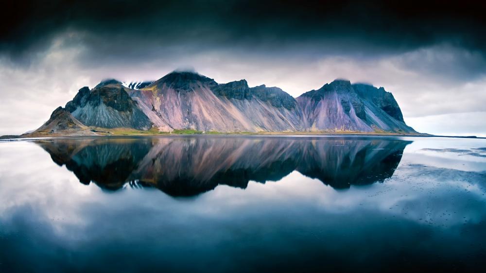 A piece of fine art art photography titled Stokksnes by wim denijs