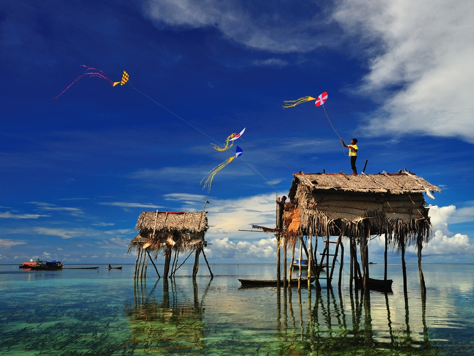 A piece of fine art art photography titled The Kite Runner by Andreas Kosasih Drg
